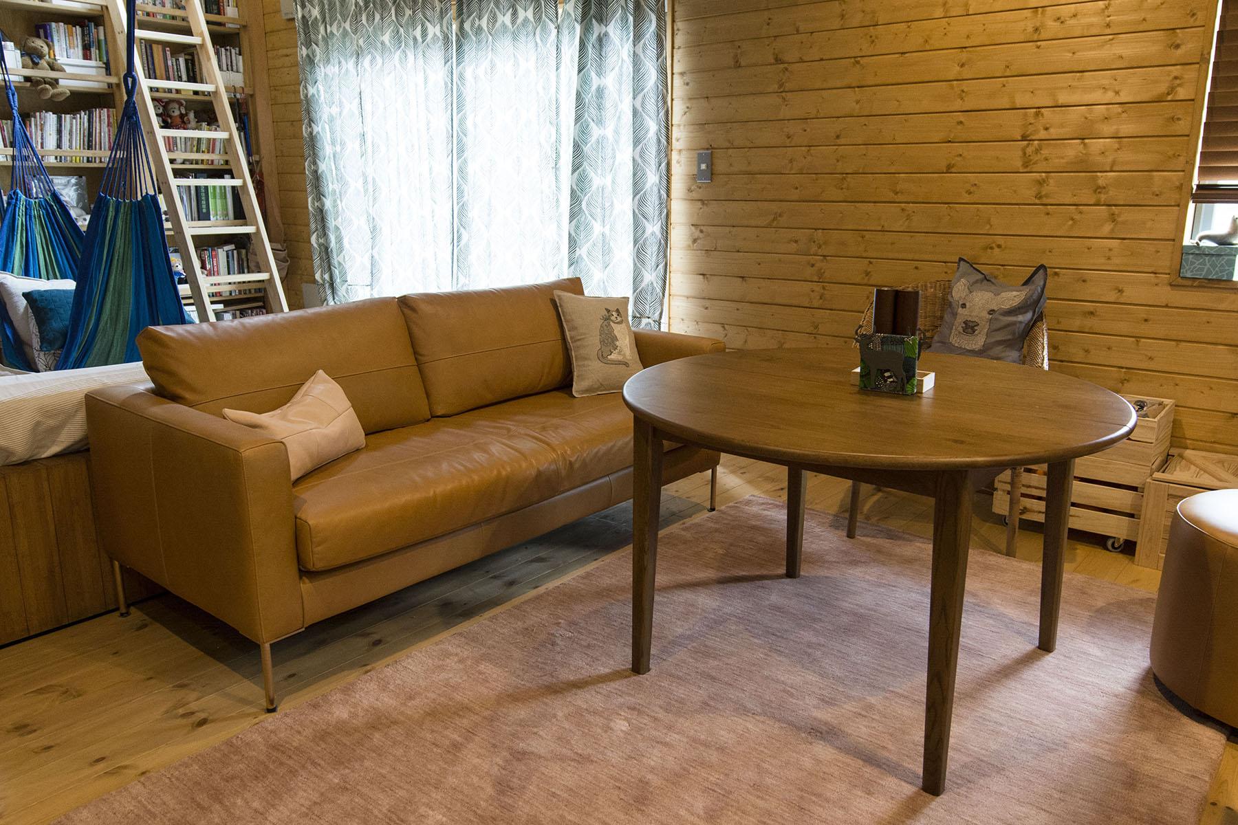 暮らしを楽しむ家にダイニングソファを/KOKOROISHIソファのお客様の声