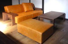 体に合わせて高さを変えたソファは座り心地がとてもいい/KOKOROISHIソファのお客様の声