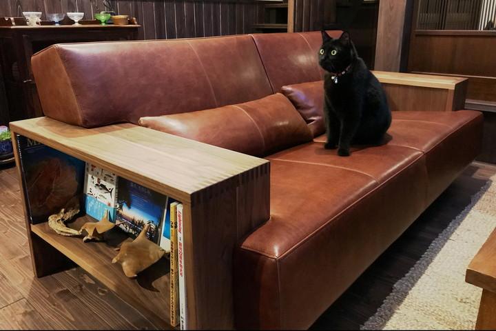 こだわりの空間に一目惚れしたソファを。/KOKOROISHIソファのお客様の声