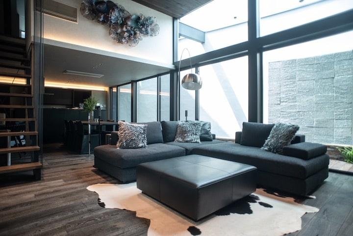 理想の空間を創るために、一から設計デザインしたソファ/KOKOROISHIソファのお客様の声