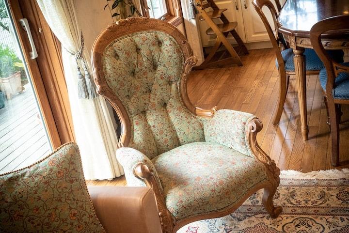 理想の空間を創るために、一から設計デザインしたソファ