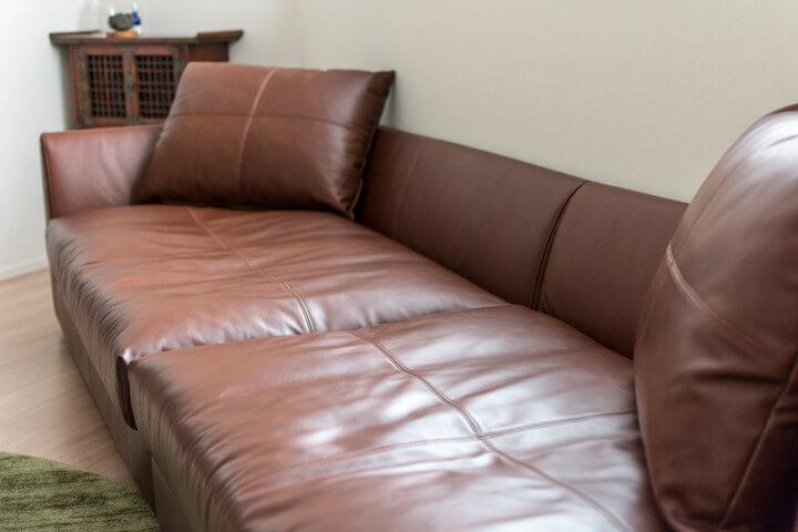 LIFE(ライフ)革ソファ、寝転ぶ、私の定位置