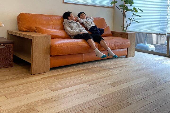 ZEN-WOOD(ゼンウッド)オイルレザーのソファ